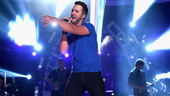 Luke Bryan, Little Big Town & Dustin Lynch at Veterans United Home Loans Amphitheater