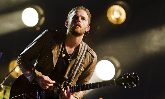 Kings of Leon at Veterans United Home Loans Amphitheater